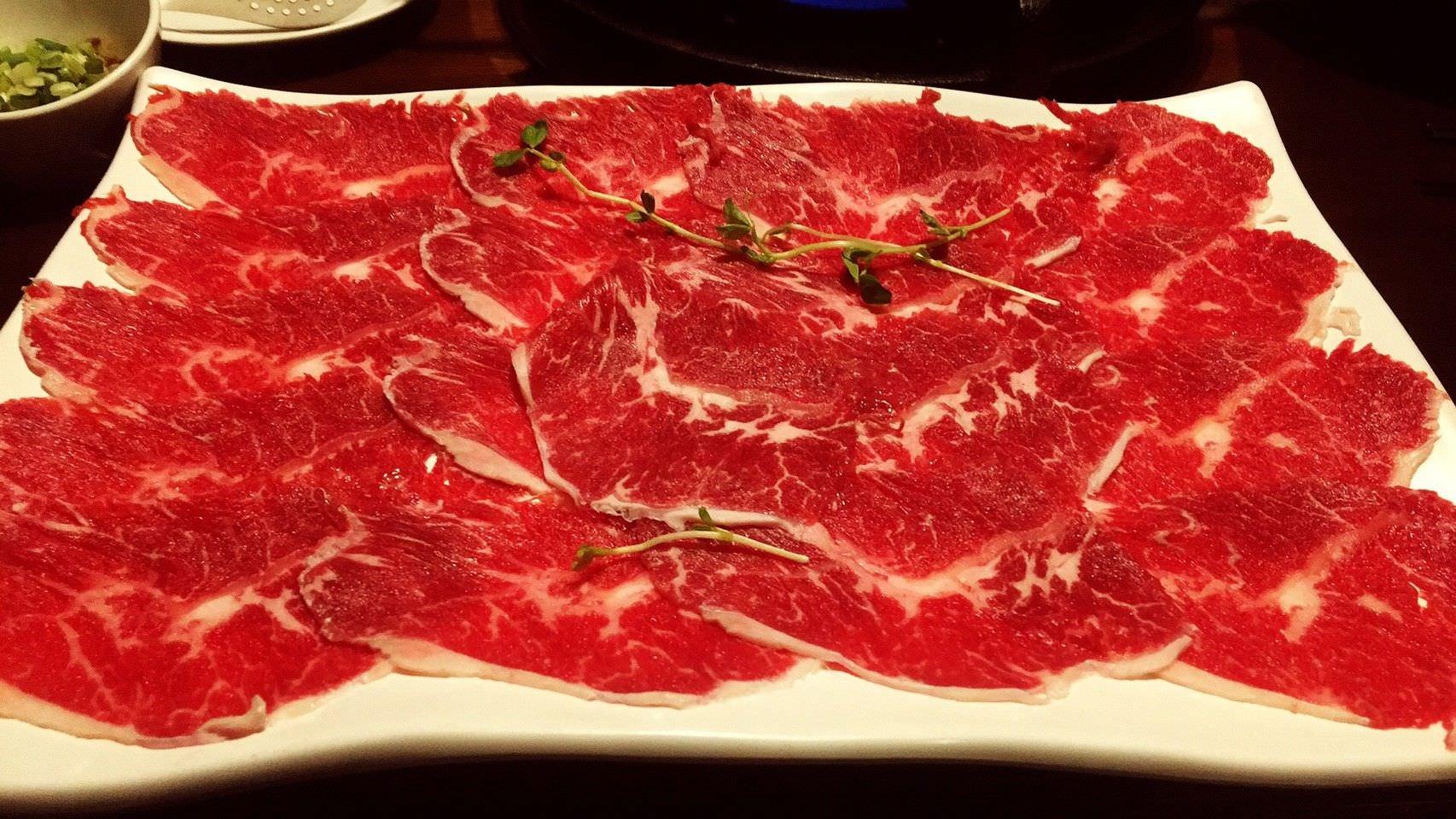 桃園。肉多多火鍋   桃園火鍋   肉多到吐